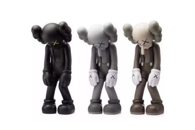 KAWS, 'Small Lie (3)', 2017, Sculpture, Vinyl paint and cast resin, Chiswick Auctions