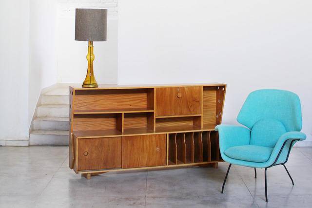, 'Shelf  9-9 ,' 1950, Pé Palito