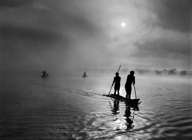 , 'Waura people fishing in the Piulaga Lake. Upper Xingu, Mato Grosso, Brazil.,' 2005, Sundaram Tagore Gallery