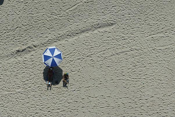 , 'Estar na praia azul e branco,' , Galeria Tempo
