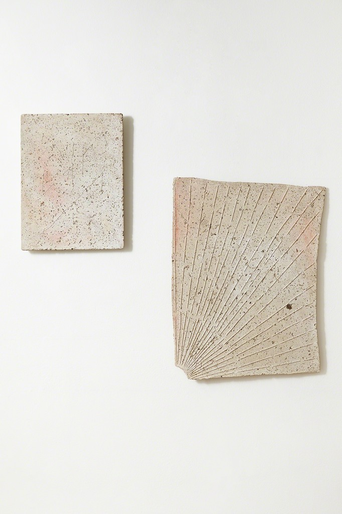 Anna Hughes | Cipher II, 2017, concrete and pigments, 40 x 30 cm. [left]; Moondial final quarter), 2017, concrete and pigments, 55 x 43 cm. [right].