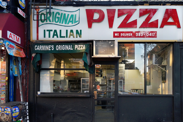 , 'Carmine's Original Pizza (closed) ,' 2015, Galerie Nagel Draxler