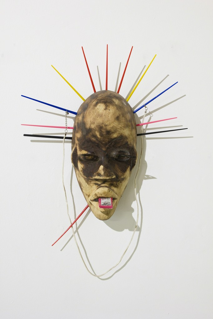 Pascale Marthine Tayou, Masque délavé, 2015. Wood, mixed media. Image courtesy of the artist and GALLERIA CONTINUA. Photo by Rémi Lavalle.