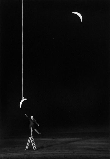 Gilbert Garcin, 'L'ambition raisonnable - Reasonable ambition', 2007, Photography, Gelatin silver print, Stephen Bulger Gallery