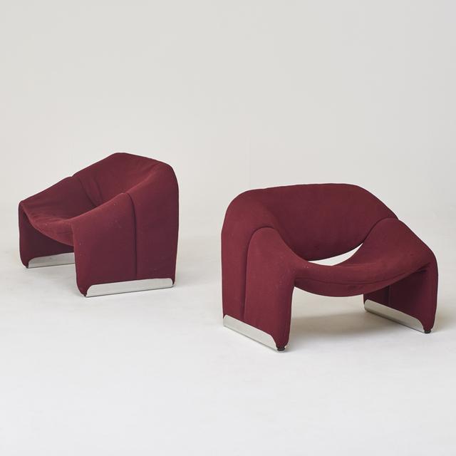 "Pierre Paulin (1927-2009), 'Pair of burgundy F598 ""Groovy""-chairs', 1970s, Rago"
