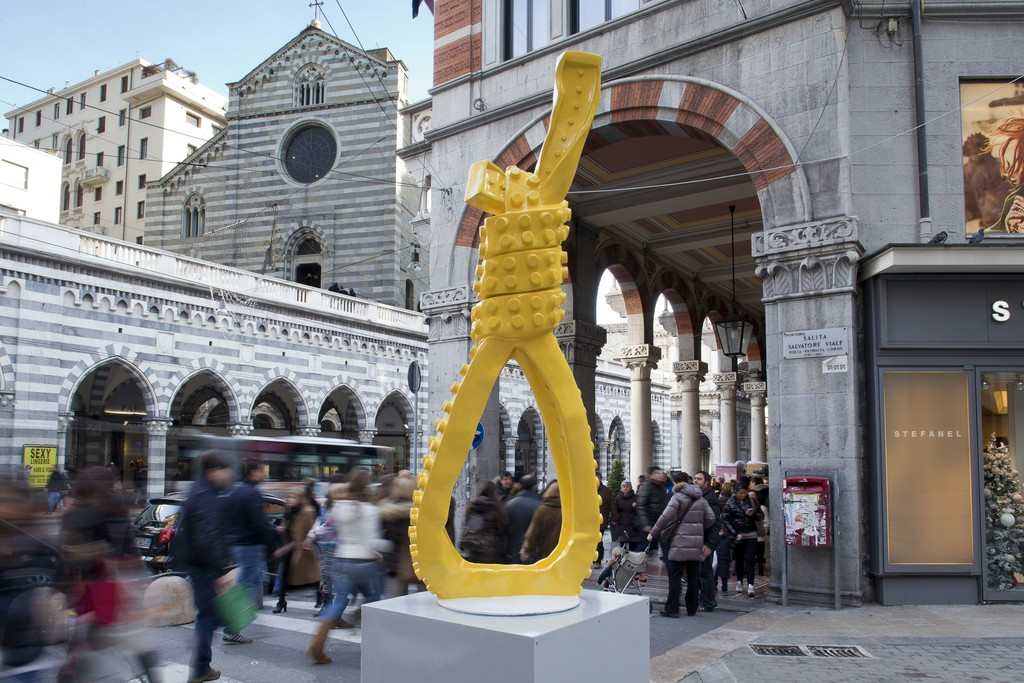 In collaboration with the Municipality of Genoa, ABC-ARTE, directed by Antonio Borghese, presentsed the placement of three sculptures by Matteo Negri, in three of the main genoese crossroads. www.abc-arte.com
