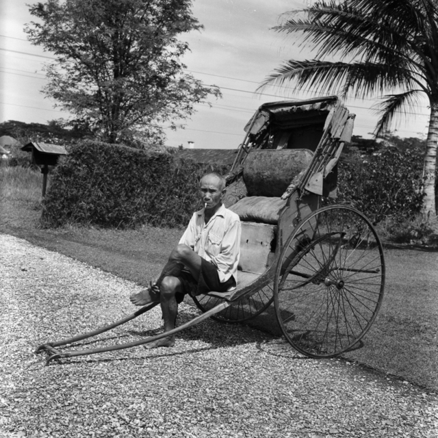 , 'Rickshaw man, seated,' 1957, Sultan Ismail Photograph Editions