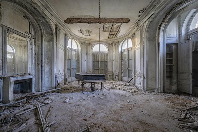 , 'Requiem pour pianos 7,' 2016, Light Space & Time