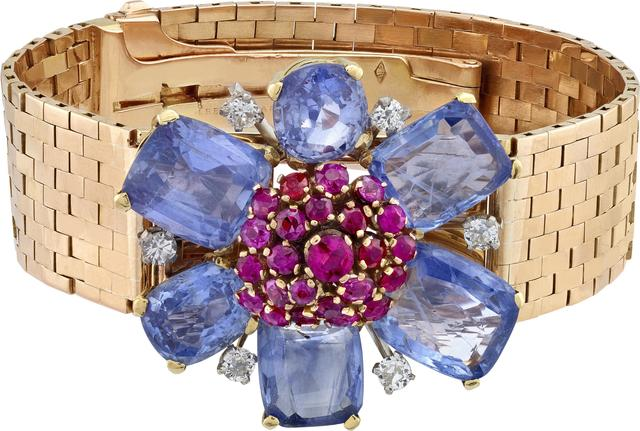 , 'Transformable bracelet with detachable clip, Heritage Collection,' 1945, Van Cleef & Arpels