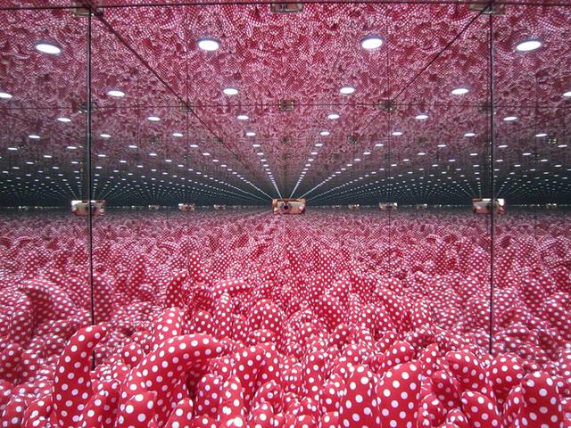 , 'Mirrored room,' 1997, SAKURADO FINE ARTS
