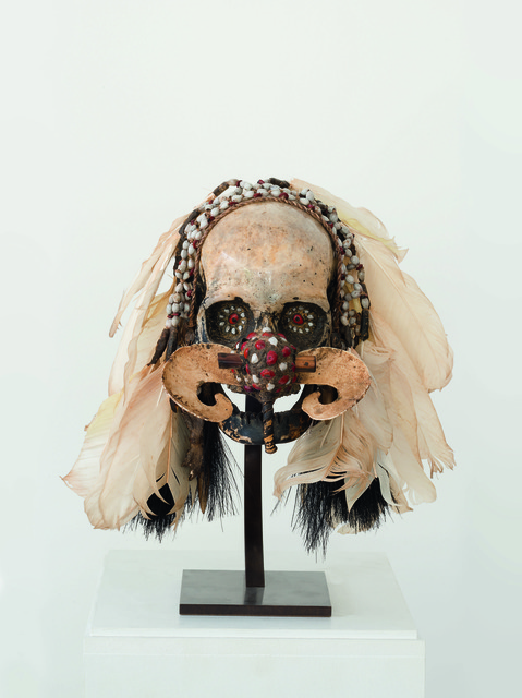 , 'Asmat skull - feathers, straw, shells,' 19-20th century, RMN Grand Palais