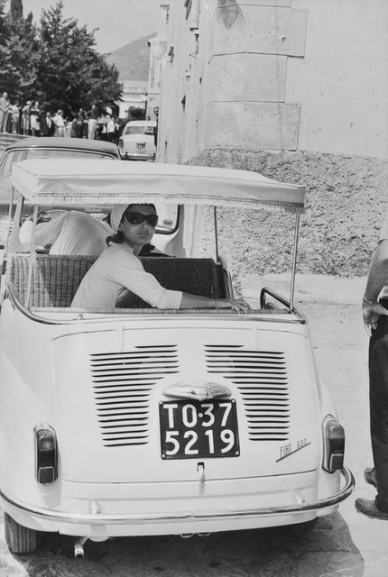 Benno Graziani, 'Jackie Kennedy in a custom Fiat 600, Ravello, Italy, August 1962', 1962, Photography, Silver gelatin baryta paper, Galerie XII