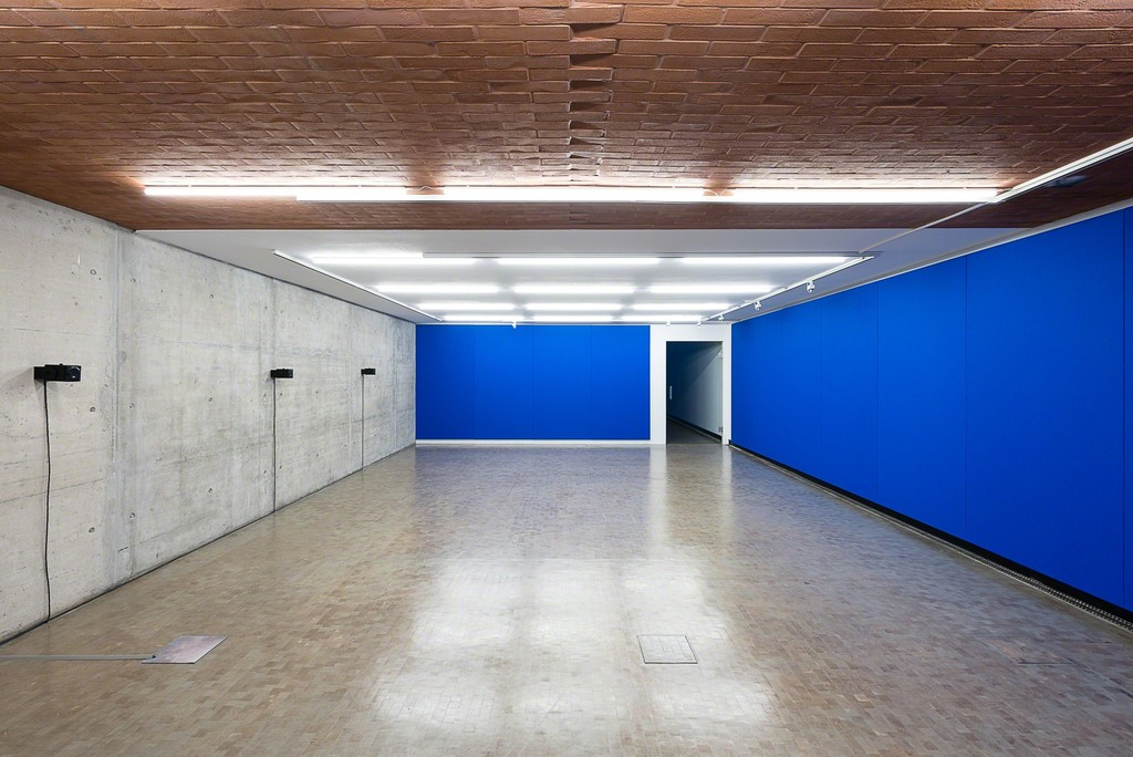 Installation view: Florian Hecker. Hallucination, Perspective, Synthesis, Kunsthalle Wien 2017: Affordance, 2013, Courtesy the artist, Sadie Coles HQ, London, and Galerie Neu, Berlin, Photo: Jorit Aust