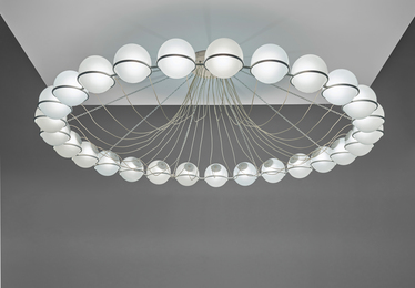 Rare large chandelier, model no. 2109/27, executed for a private commission, France