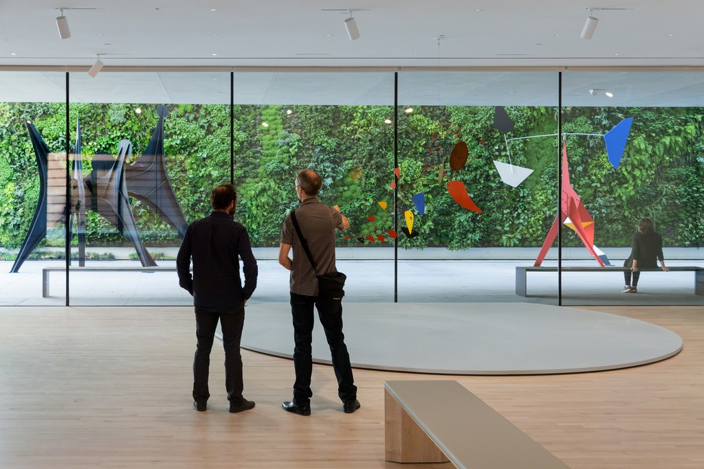 Alexander Calder: Motion Lab: The Fisher Collection exhibition at SFMOMA; photo: © Iwan Baan, courtesy SFMOMA.