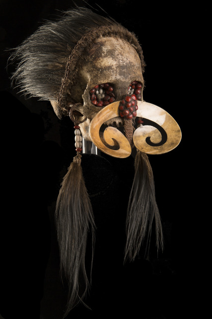 Asmat | Ndambirkus Headhunter Human Trophy Skull (ca  1940) | Available for  Sale | Artsy