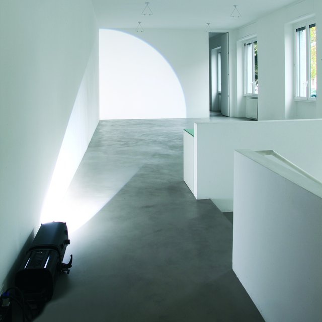 , 'Longue rasante, 1/4 frontale (source au sol),' 2013, A arte Invernizzi