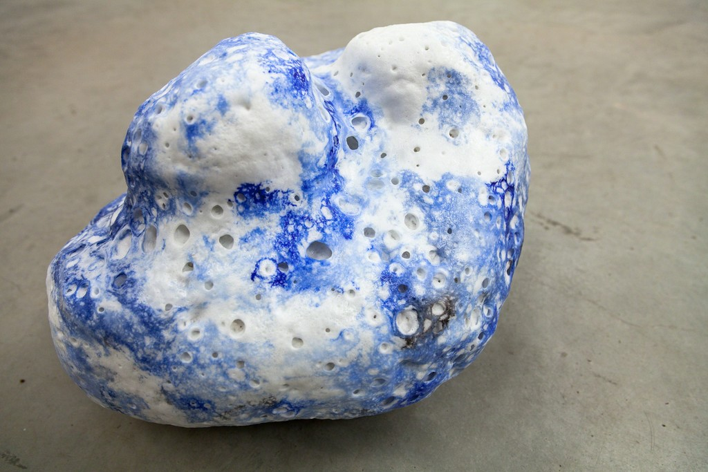 "Magdalena Gerber, ""Wolkensteine #5"", ceramics and porcelaine foam, unique copy 