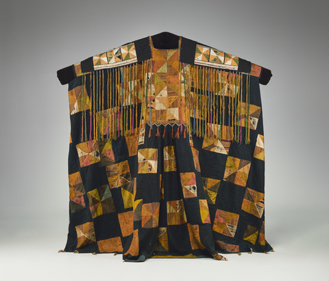 Woman's Funeral Tunic and Headscarf, China, Yunnan Province, Malipo region, Yi, late 19th–early 20th century. Indigo-dyed cotton with silk appliqué, silk tassels, metal coils, and glass beads. Yale University Art Gallery, Ann B. Goodman Collection, Gift of Ann B. Goodman.