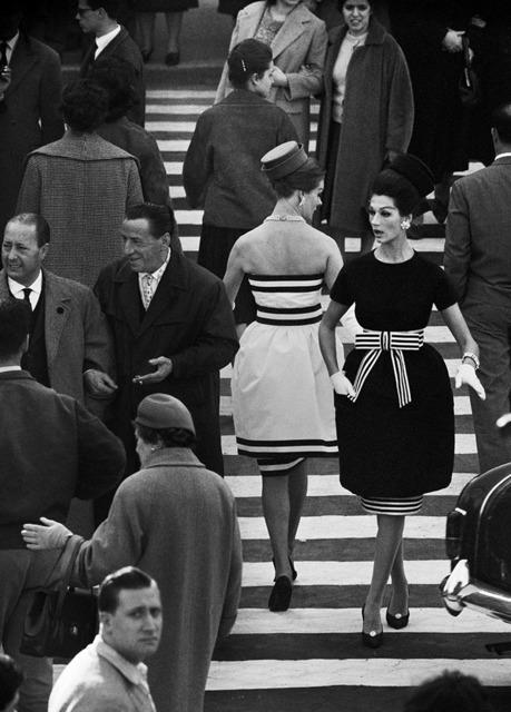 , 'Simone + Nina, Piazza di Spagna Nr. 2, Rome (Vogue),' 1960, Grob Gallery