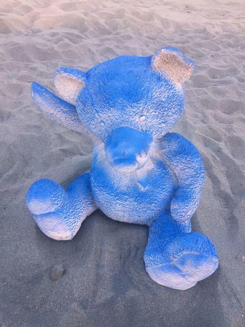 Daniel Arsham, 'Blue Gradient Teddy Bear (Large)', 2017, Baró Galeria