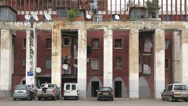 , 'Alger, Climat de France, Travelling Place des Deux Cent Colonnes,' 2013, Galerie Kornfeld