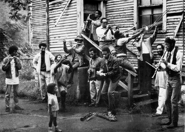 , 'New Orleans-style group photo in painter Wadsworth Jarrell's backyard,' ca. 1968, MCA Chicago