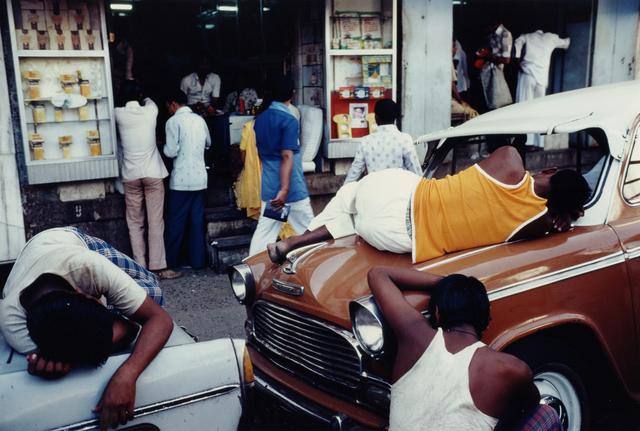 , 'Exhausted Workmen, Bombay, Maharashtra,' , Howard Greenberg Gallery