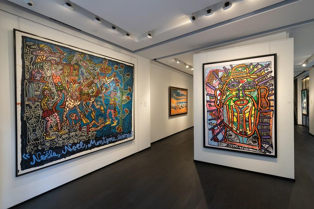 in gallery maze