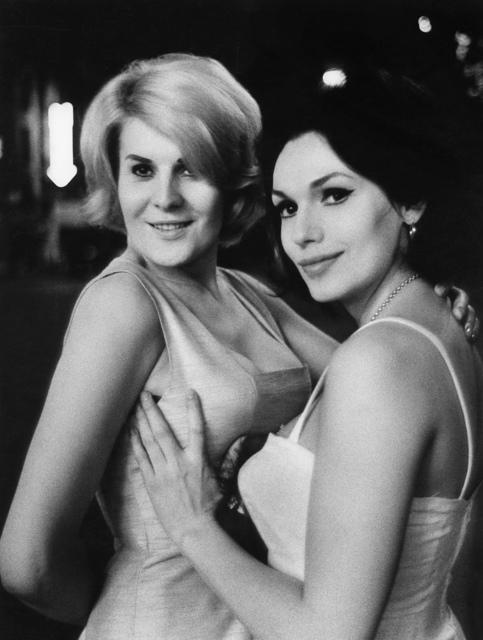 , '0120 Gina & Nana, Paris ,' 1963, Galerie Les filles du calvaire