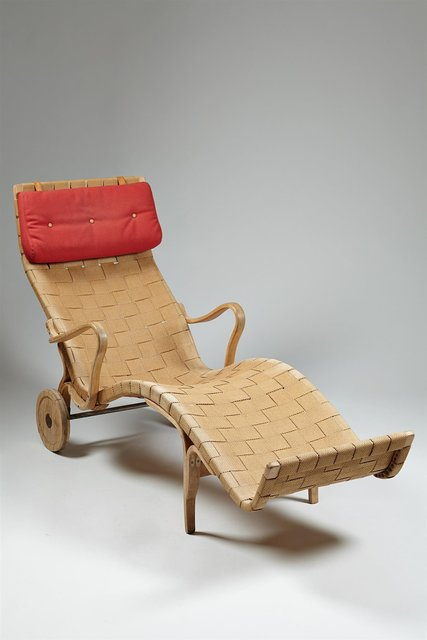 , 'Chaise longue,' 1942, Modernity