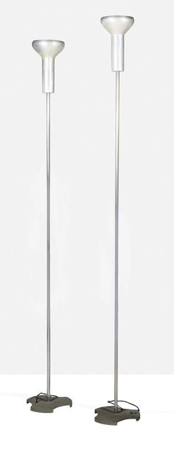 Gino Sarfatti, '2 standard lamps', 1956, Aguttes