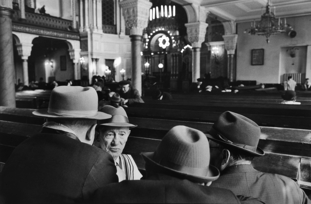 , 'SATURDAY IN THE SYNAGOGUE, LENINGRAD, RUSSIA, 1973,' 1973, Huxley-Parlour