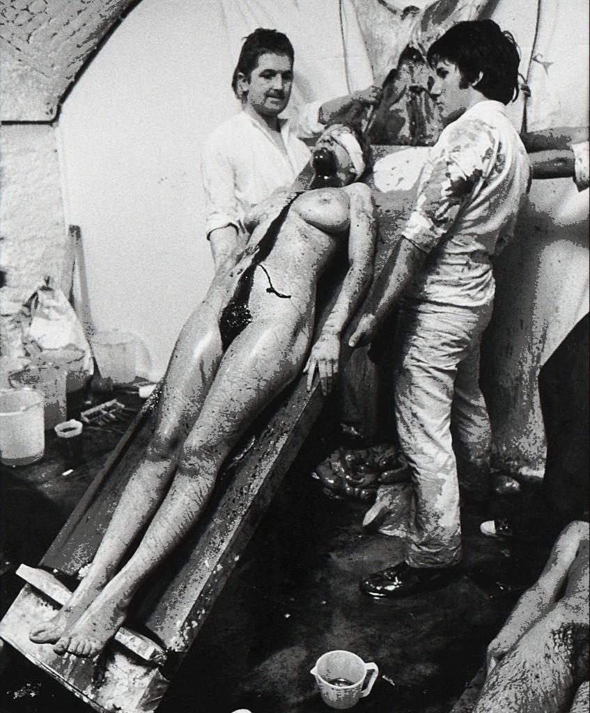 Keanna Reeves (b. 1967)