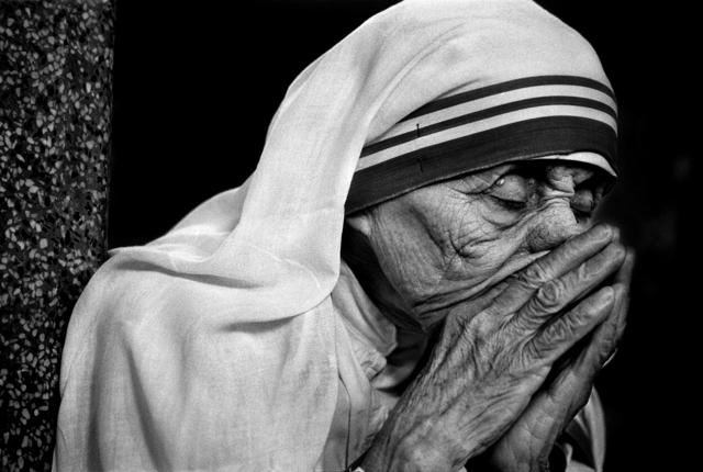 , 'Mother Teresa in her prayer, Kolkata,' 1995, PHOTO IS:RAEL