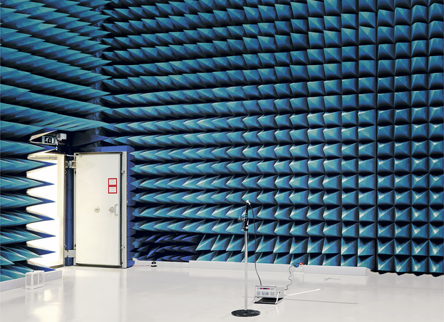 , 'Anechoic Chmaber, European Space Research and Technology Centre (ESTEC), Noordwijk, The Netherlands,' 2008, [Perpitch et Bringand]