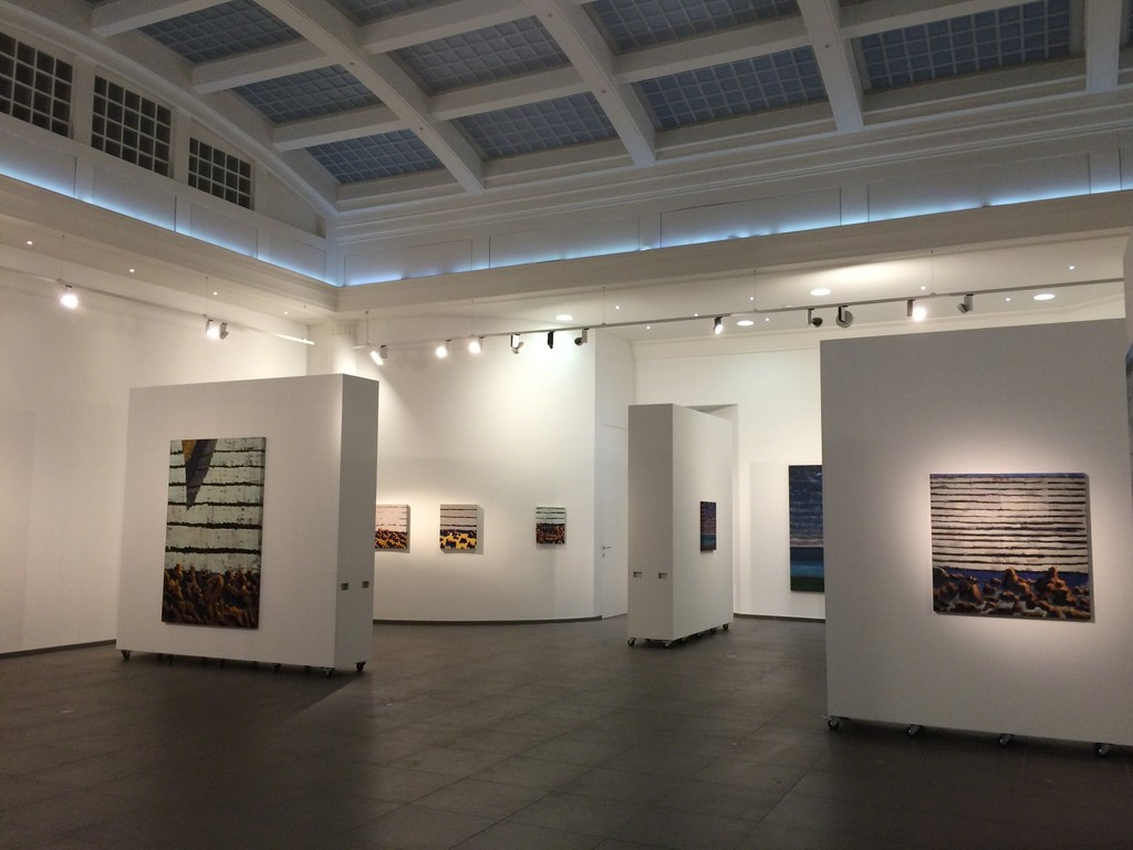 "Left part of the exhibition space, with ""Falaise Faille"" (left, 195x130cm, oil on canvas, 2015) and ""Falaise""(right, 100x100cm, Oil on canvas, 2014)"