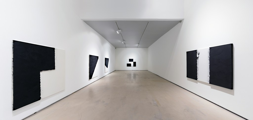 Lee Bae, Solo Exhibition, 2016, installation view