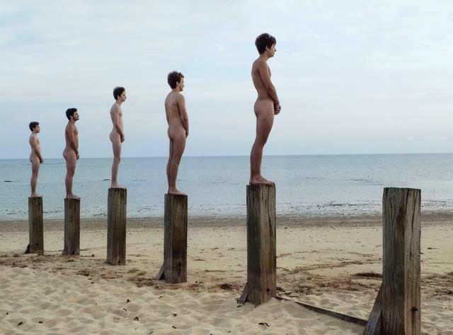 , 'Cinq rêveurs et un piquet,' 2012, Musée d'Ixelles