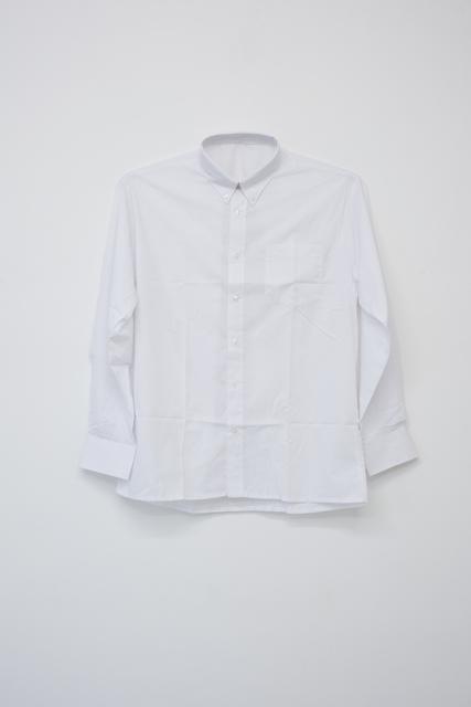 Wilfredo Prieto, 'Shirt without button', 2019, Meessen De Clercq