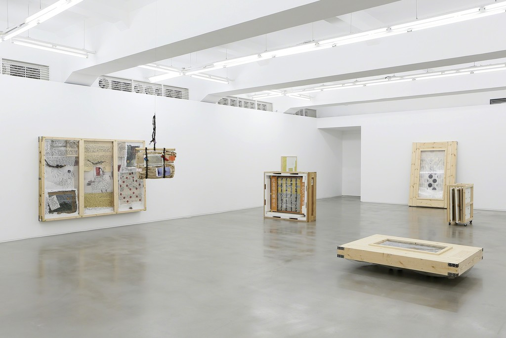 Kim Yong-Ik Solo Exhibition Closer… Come Closer… Ilmin Museum of Art 3F Installation View Courtesy of Ilmin Museum of Art Image provided by Kukje Gallery