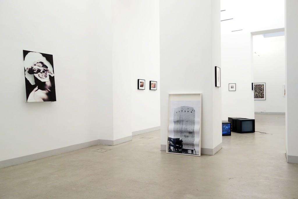 Diana Artus & Karin Fisslthaler »THE BROKEN TELEPHONE« Exhibition view, Gallery Raum mit Licht, photo © Diana Artus