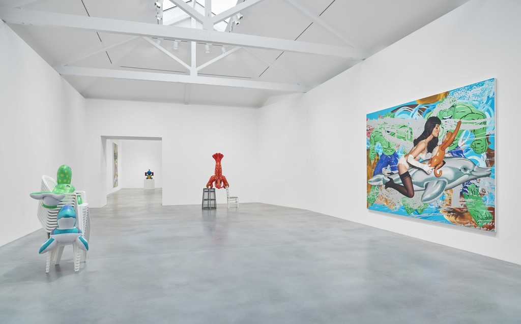 Photo by Prudence Cuming Associates, © Victor Mara Ltd, artwork © Jeff Koons