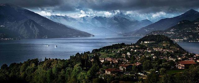 David Drebin, 'Escape to Lake Como', 2013, Galerie de Bellefeuille