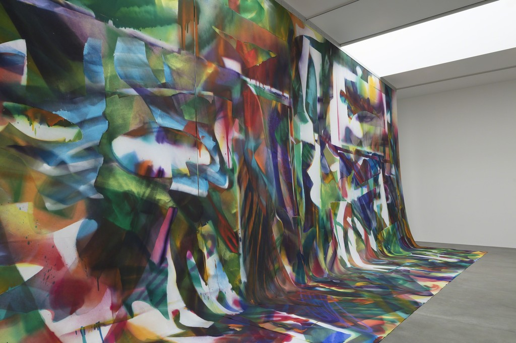 Artworks © Katharina Grosse and VG Bild-Kunst, Bonn. Photo: Lucy Dawkins. Courtesy Gagosian.