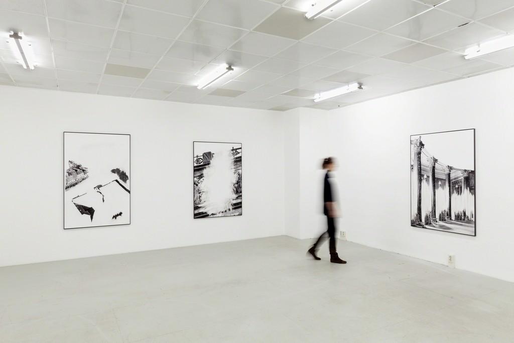 Installation view of: Daniel Poller – Der große Gewinn, series of 11 erased pigment prints, all unique, solo show, G2 Projektraum // G2 Kunsthalle Leipzig, 13 Oct – 1 Nov 2017 © the artist