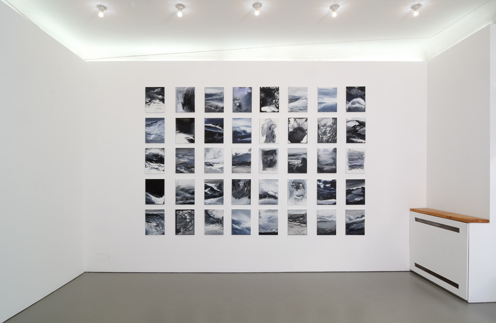 Exhibition view with 'Tableau', consisting of 40 small format paintings (40 x 30 cm); photo: Jürgen Baumann
