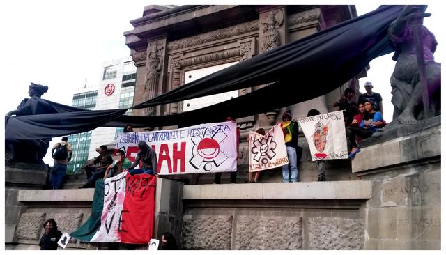 , 'Ayotzinapa Vive!,Cidade do México,2014,' 2015, Roberto Alban Galeria de Arte