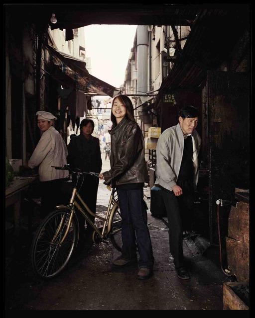 , 'Shen Wen Jin, dans un lilong aujourd'hui détruit, mars 2002, Shanghai 沈文瑾,在今天已被拆除了一条里弄,2002年3月,上海,' 2002, Shanghai Gallery of Art