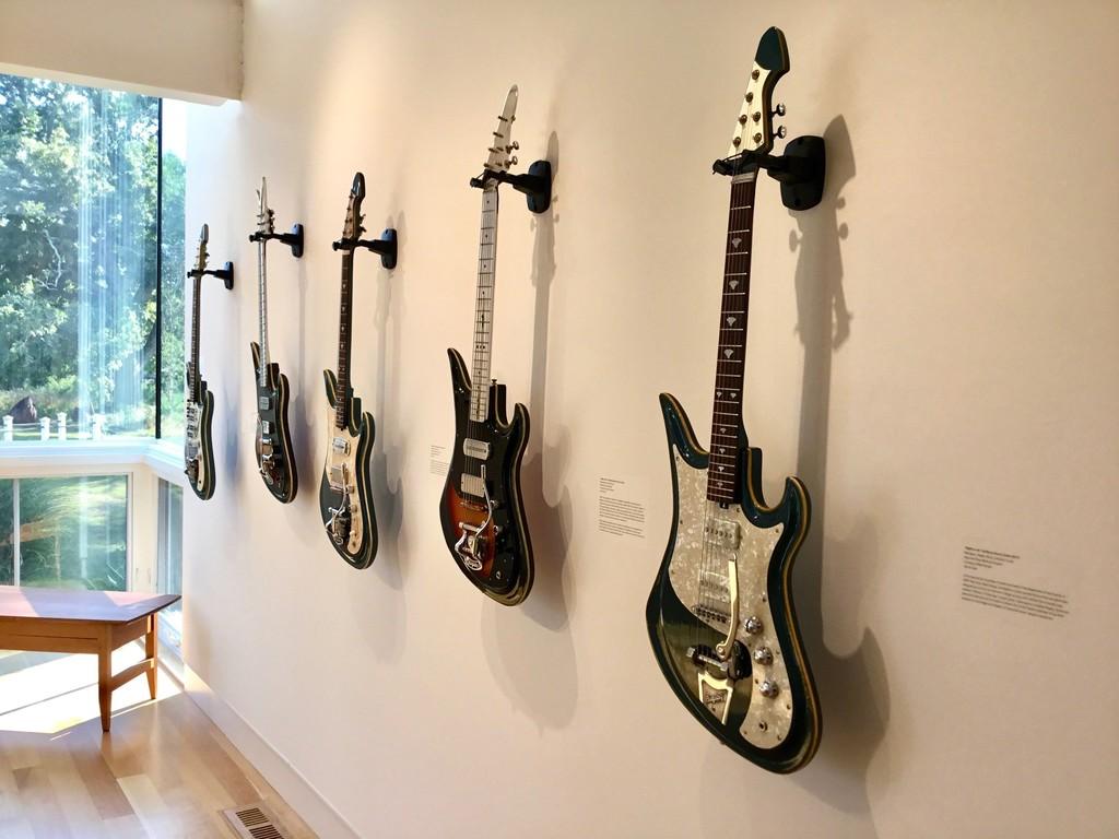 Flip Scipio: Talking Guitars | Dedee Shattuck Gallery | Artsy